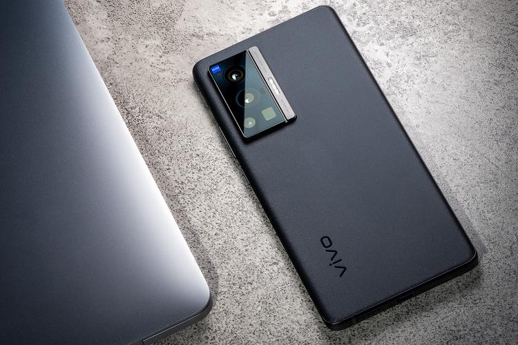 Spesifikasi Dan Harga Vivo X70 Pro 5G Terbaru 2021